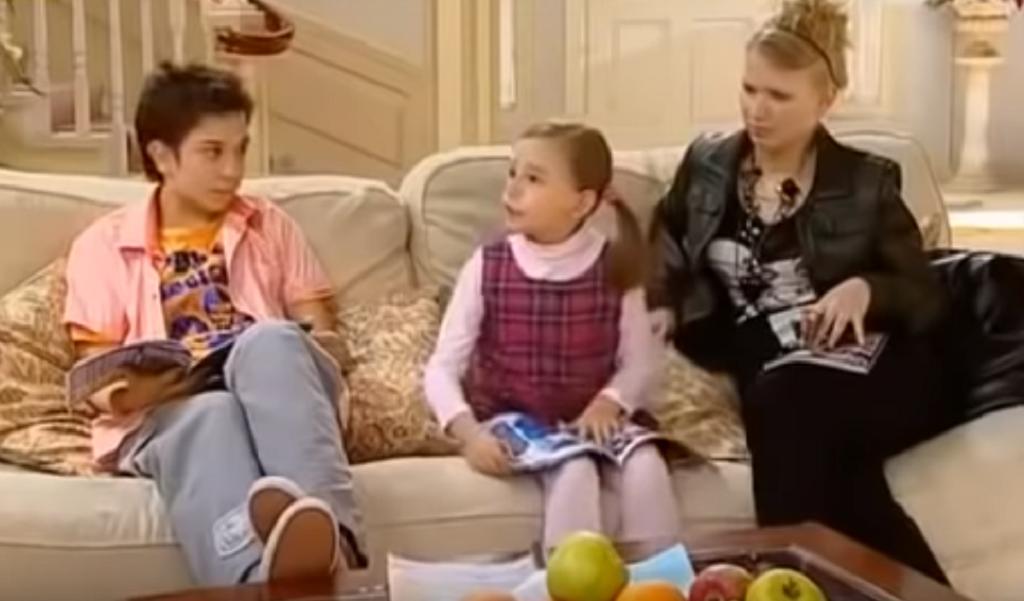 Pamiętacie to słodkie dziecko z Niani? Po latach jest nie do poznania!