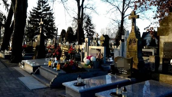 Córka gwiazdora TVP nie przyjmie pieniędzy od rządu na grób ojca. Ma ważny powód