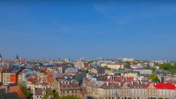 Mieszkańców wielkiego miasta wbiło w ziemię! Cała Polska śmieje się z wyglądu Starówki