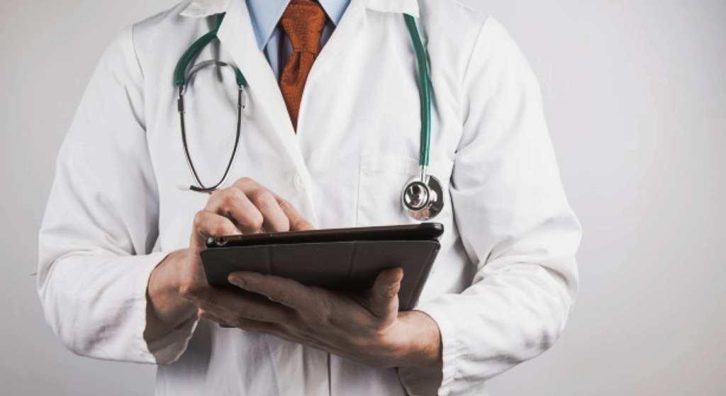 Żaden lekarz Ci tego nie powie! Jeden owoc może uratować i przedłużyć Twoje życie