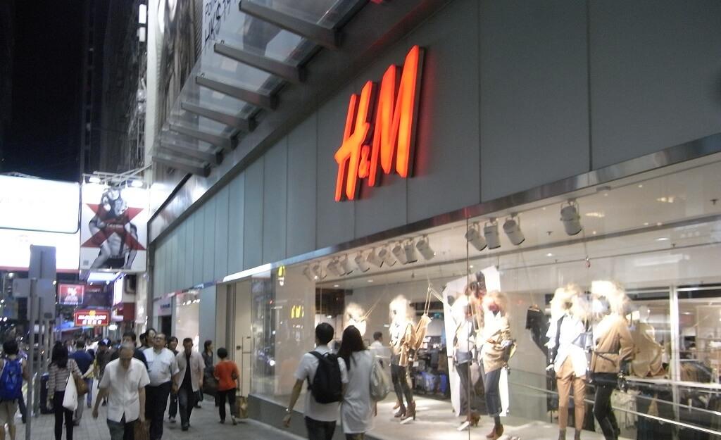 Genialne przeceny w H&M i Zara! Po sylwestrze ludzie będą szturmować sklepy