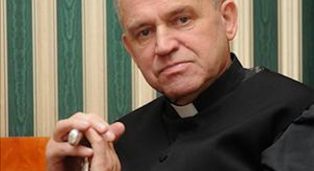 Kościół rozpoczął śledztwo ws. ks. Jankowskiego. Zamiotą sprawę pod dywan?