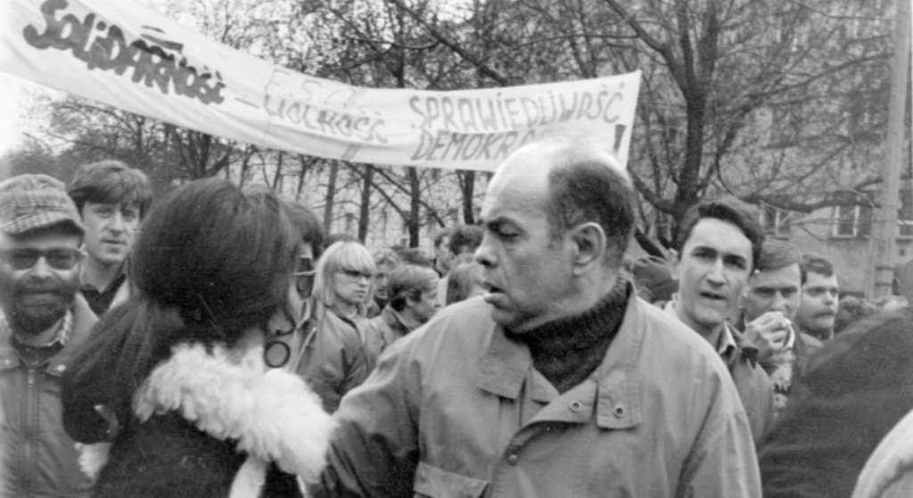 Na co zmarł Jacek Kuroń? Przegrał ze straszną chorobą