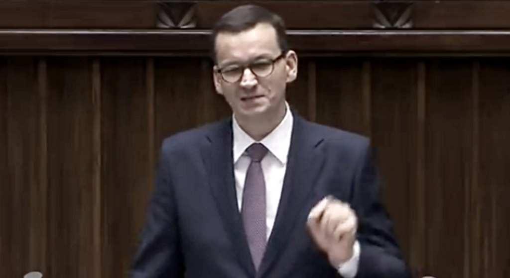 Zapytali premiera o Smoleńsk. Jego reakcja i odpowiedź szokuje