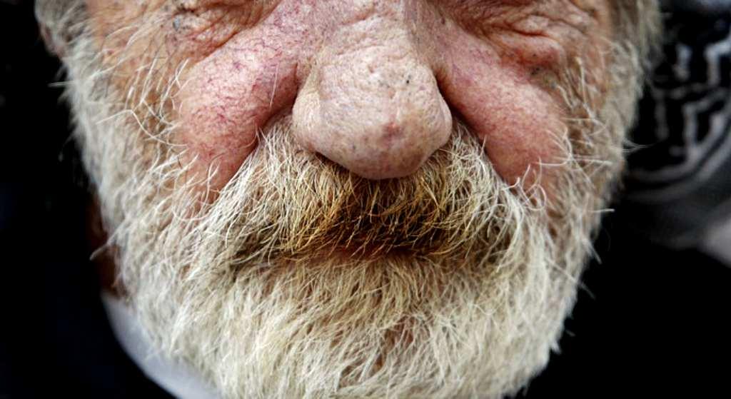 83-latek chciał zamordować swojego sąsiada. Nie uwierzycie, czemu to zrobił