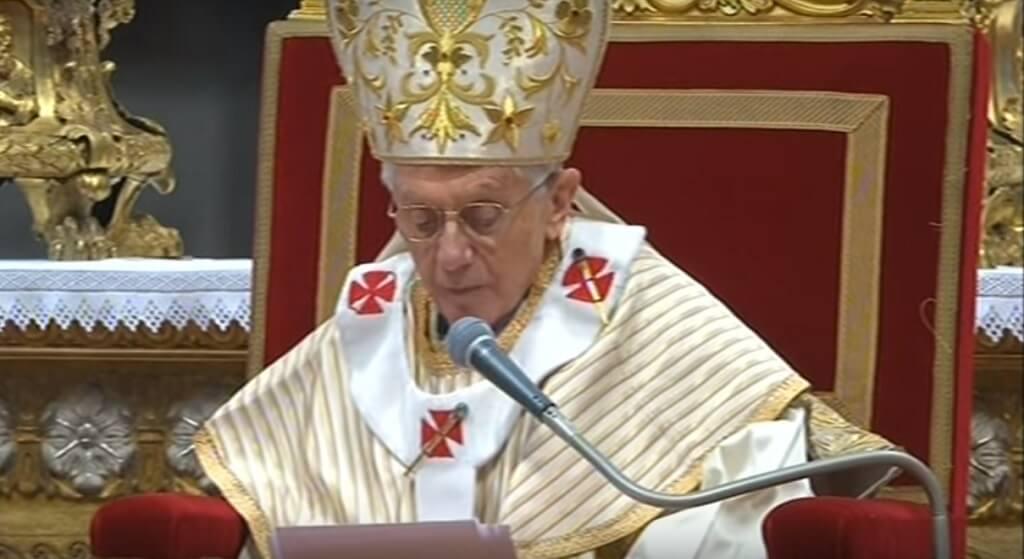 Benedykt XVI wreszcie przemówił! Ogromna burza po jego słowach