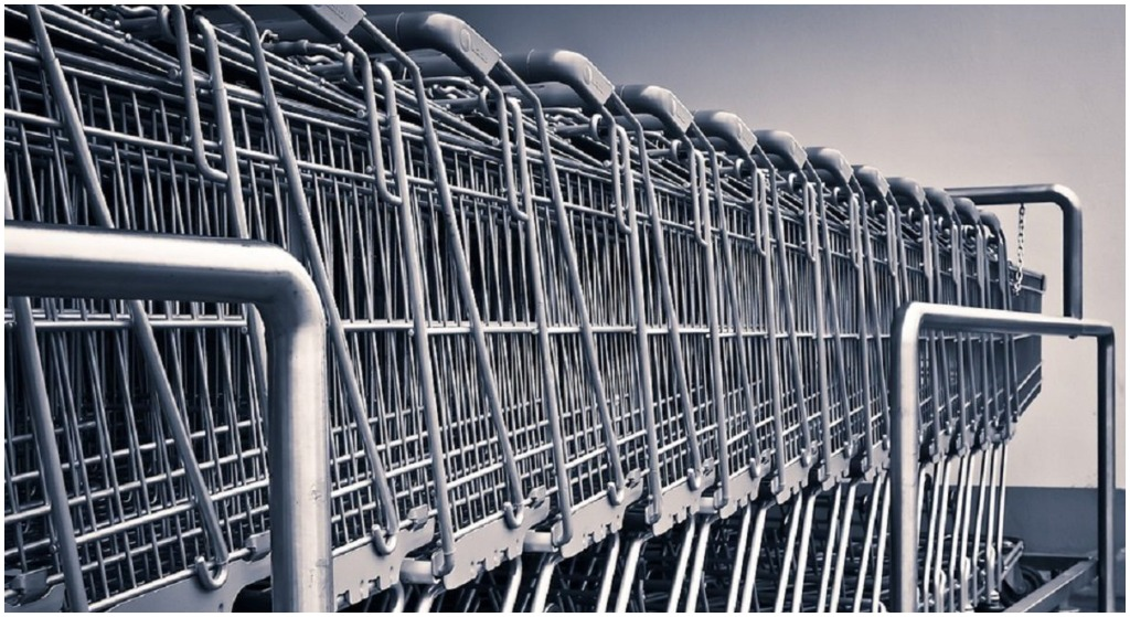 Polacy oszukiwani na potęgę przez hipermarkety! Skandal
