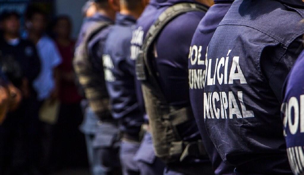 Służby ostrzegają, jest o krok od zamachu. Dziesiątki uzbrojonych policjantów wyszły na ulice