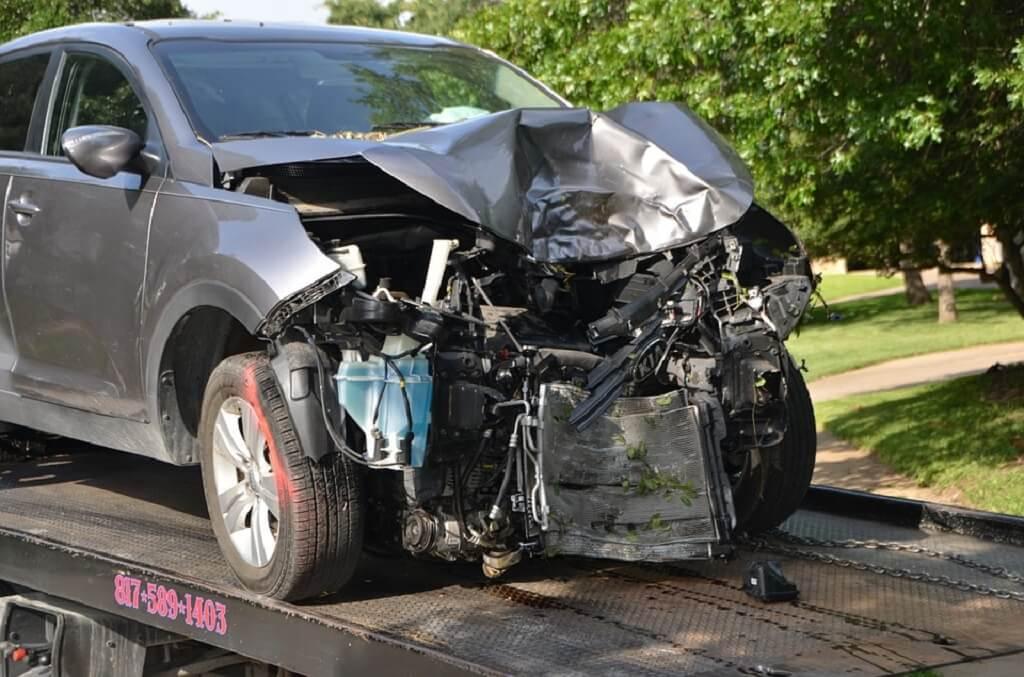 Tragedia! Poseł PiS wjechał autem w dzieci. Skandaliczne zachowanie