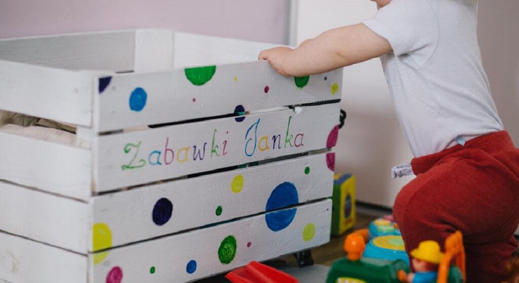 Ta zabawka może oślepić Twoje dziecko! Koniecznie sprawdź, zanim znajdzie je pod choinką