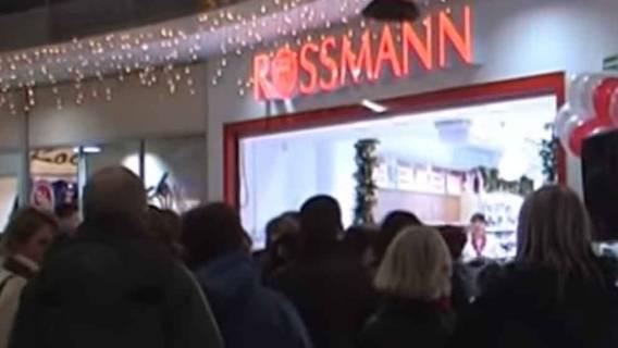 Rossmann dał wycisk Świętemu Mikołajowi! Drogeria grzeszy cenami na święta