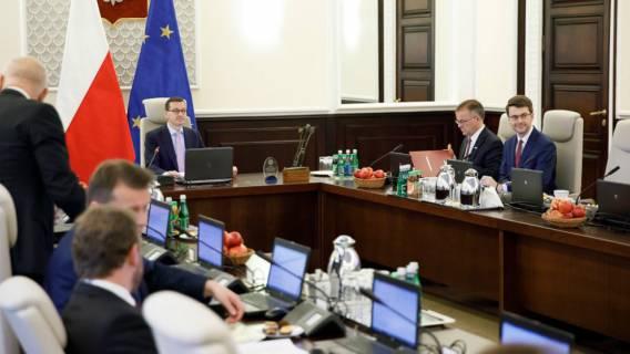 Minister PiS przypadkiem ujawnił kłamstwo swojej partii! Chodzi o wybory