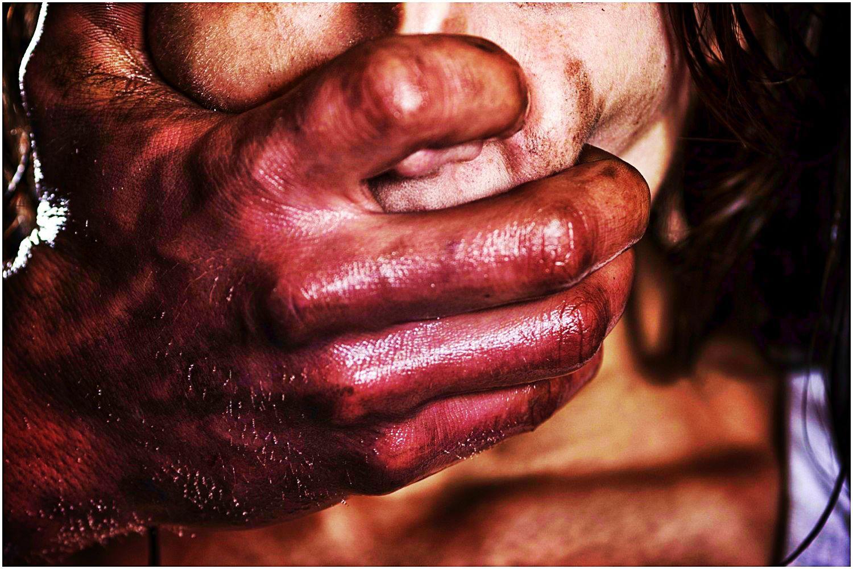 Koszmar w Płońsku. Bili ją i gwałcili, to co mieli zrobić potem mrozi krew w żyłach