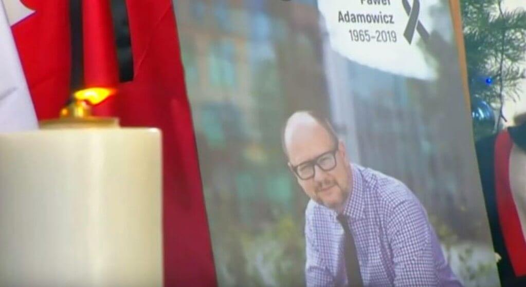 Dzień po pogrzebie Adamowicza nasi politycy zdeptali jego pamięć i słowa. W studiu TVN