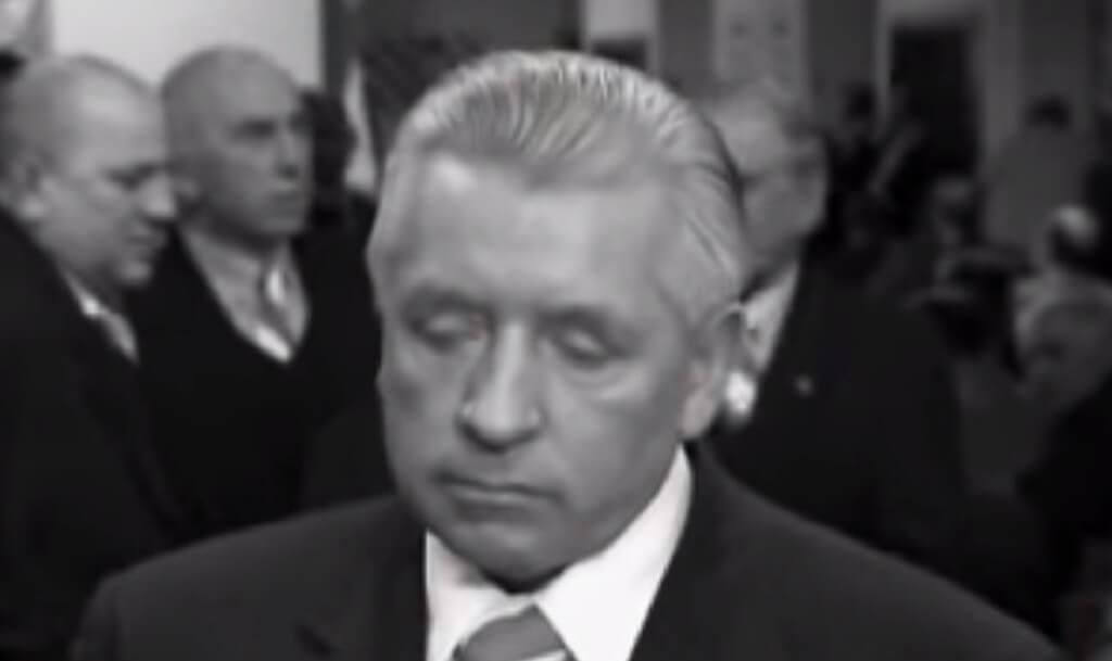 Widok grobu Andrzeja Leppera rozrywa serce!