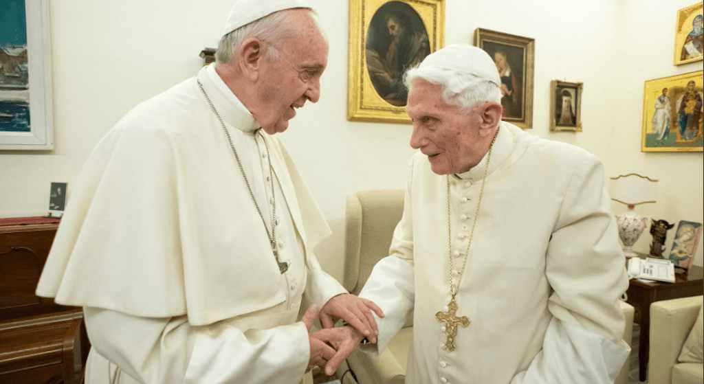 Na co choruje Benedykt XVI? Emerytowany papież ma już 91 lat