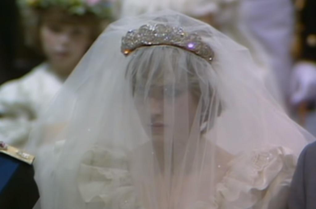 Księżna Diana złamała tradycję. Elżbieta do dziś nie może się z tym pogodzić