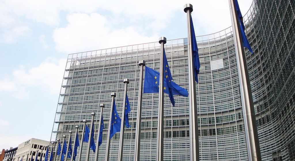 Komisja Europejska wkracza do gry! Polaku, zapomnij o dotychczasowych cenach, wszystko się zmienia