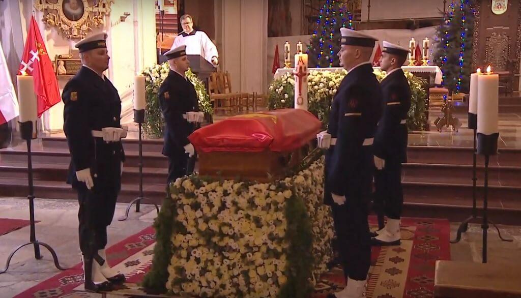 Nawet na pogrzebie prezydenta Gdańska niesiona jest pomoc. Wzruszający gest