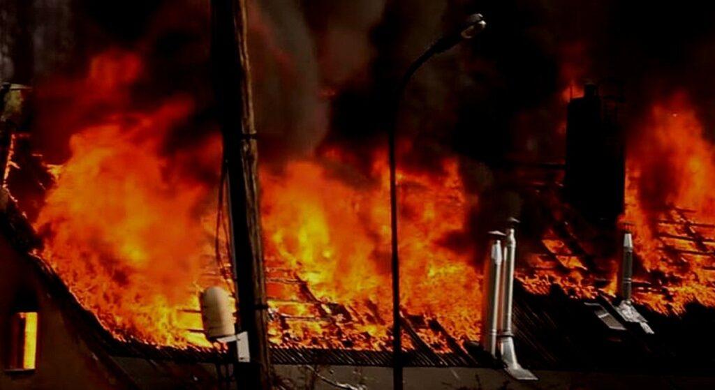 Warmińsko-mazurskie: pożar domu, jedna osoba nie żyje, jedna w szpitalu
