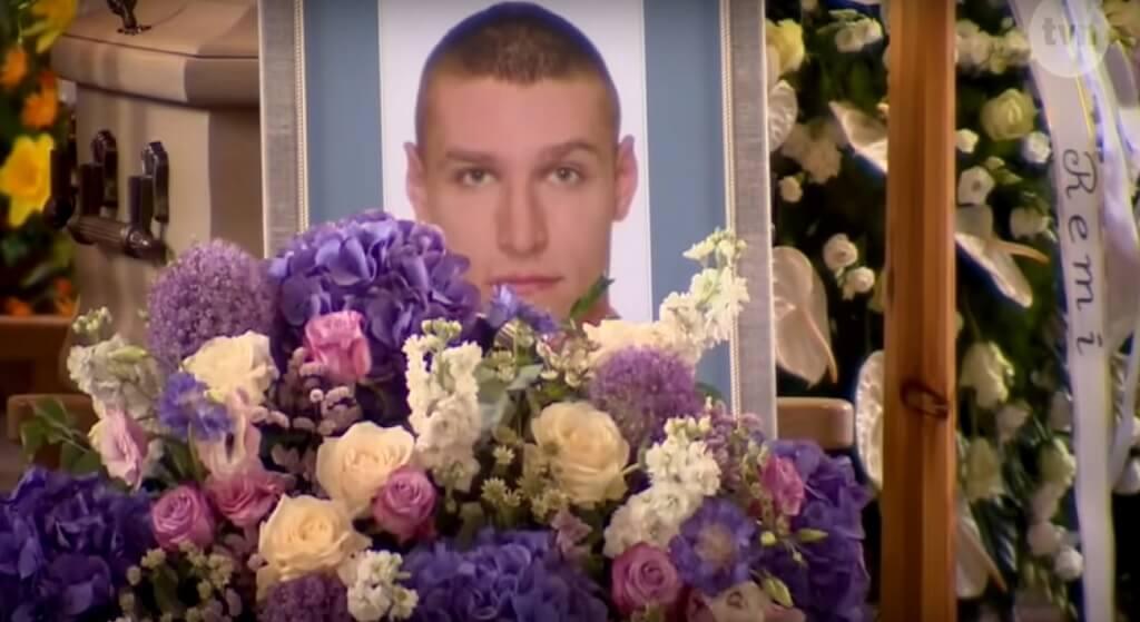 Skandaliczna decyzja prokuratury ws. śmierci Stachowiaka! Są zarzuty, ale nie dla policjantów