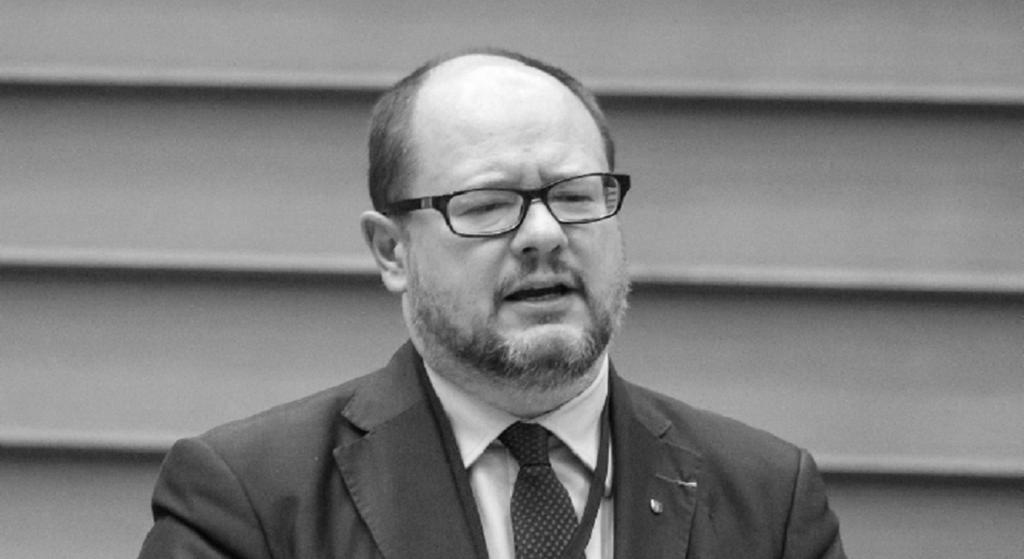 Wrocław w żałobie po śmierci prezydenta Adamowicza. Wzruszający gest