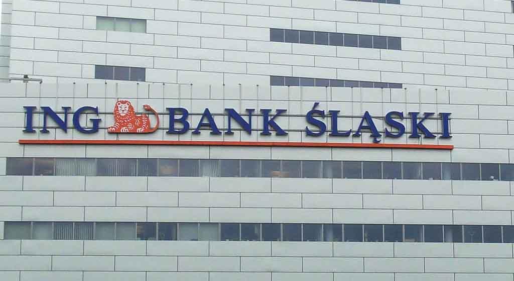 Wielkie banki ostrzegają. Oszuści mogą zabrać ci oszczędności życia