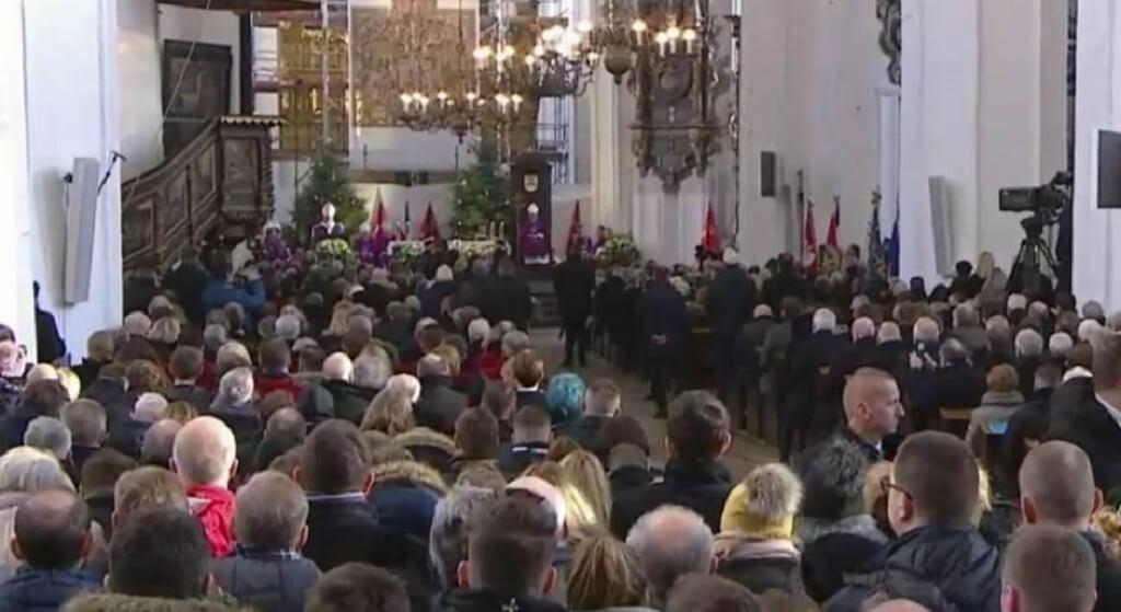 Oburzająca decyzja rektora Uniwersytetu Gdańskiego w dniu pogrzebu Adamowicza