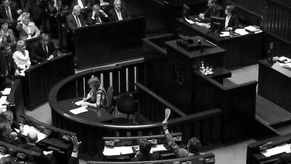 Sejm w żałobie. Nagła, tragiczna śmierć podczas mszy świętej