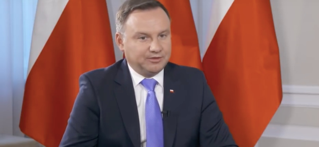 """Andrzej Duda zaskarżył ustawę PiS do Trybunału! """"Niezgodna z Konstytucją"""""""