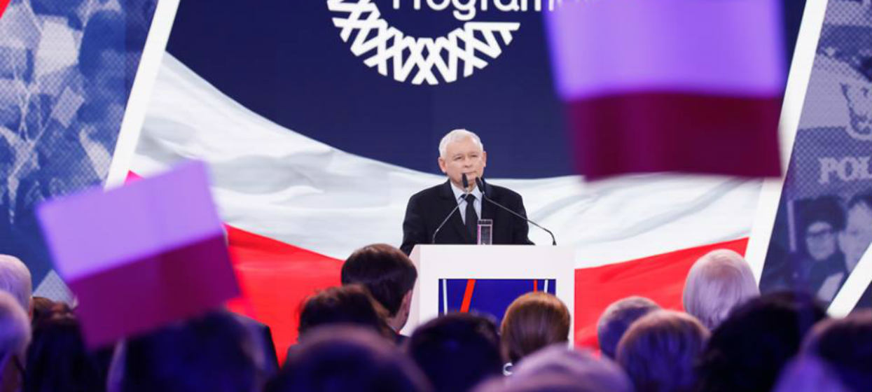 """Jarosław Kaczyński wyciągnął asa z rękawa. """"To cyrk"""""""