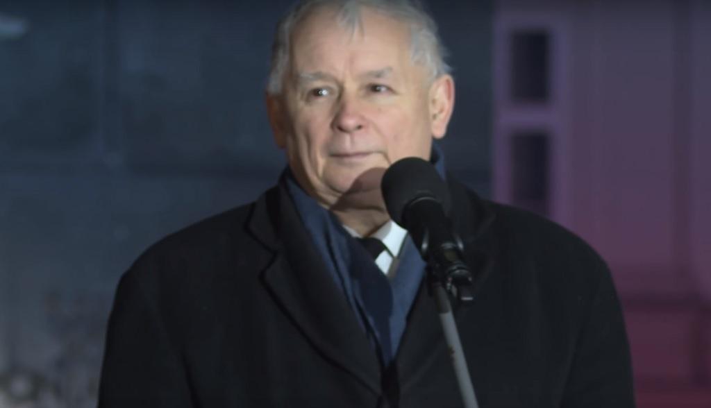 Kim naprawdę jest kot Kaczyńskiego? Dubois bezlitośnie kpi z otoczenia prezesa