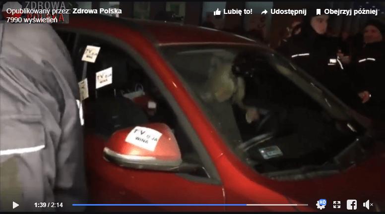 """Atak tłumu na Ogórek za jej występ w TVP. """"Oplute, porysowane auto"""""""