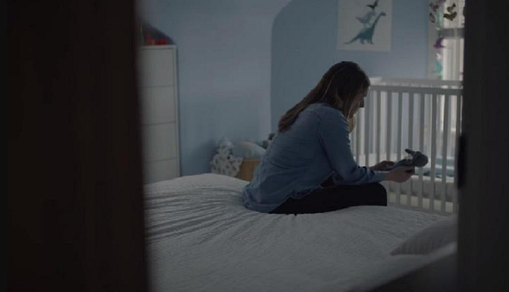Ten spot pokazuje, co czuje matka chorego dziecka. Chce się płakać