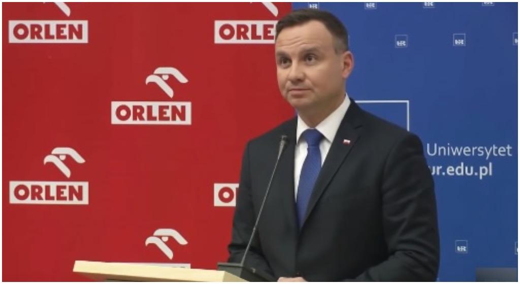 """Duda faworytem w """"12 bzdurach roku"""". Jedną już wygrał"""