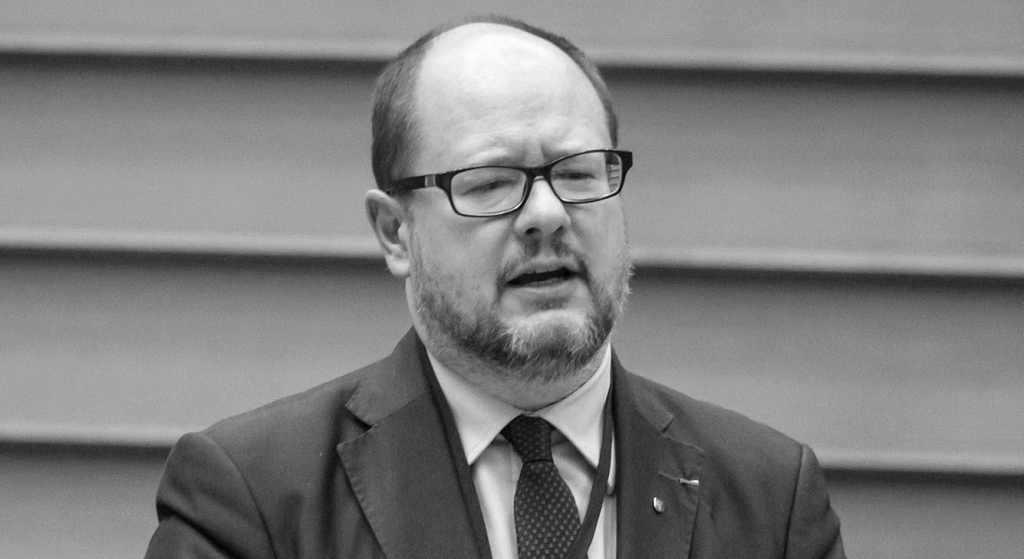 """Gwiazdor TVN opowiedział o śmierci Adamowicza. """"To nie był jego testament"""""""