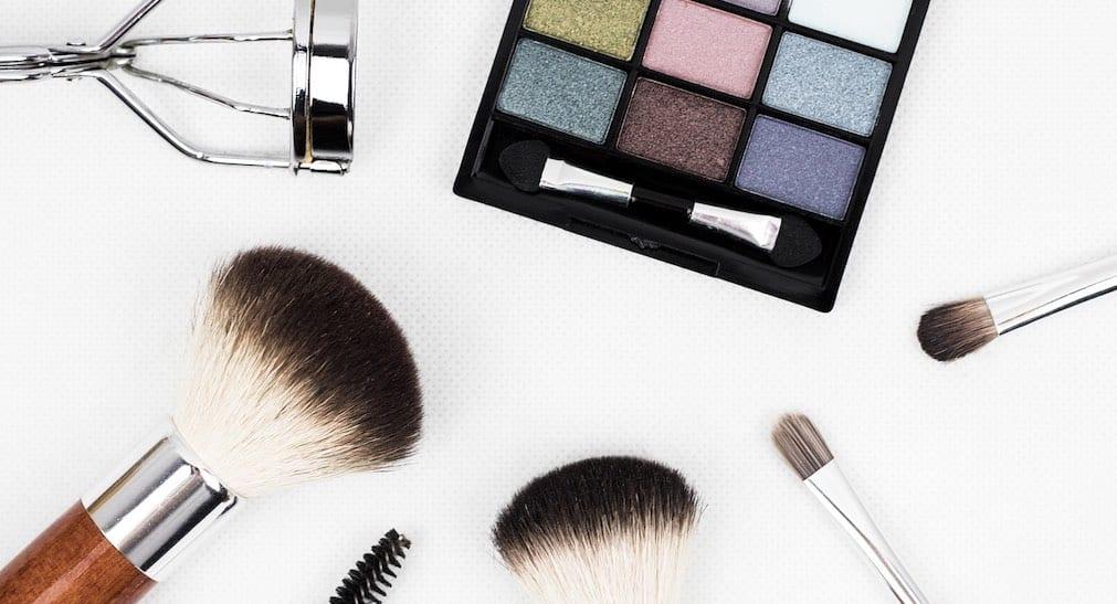 Ile zarabia kosmetyczka w Warszawie? W stolicy zarabia się najwięcej