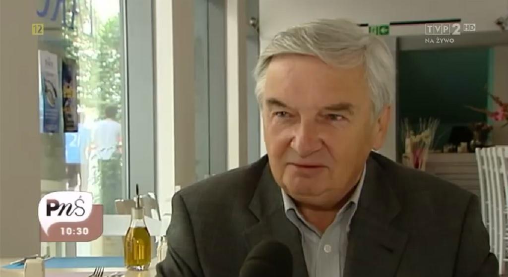 """Po 25 latach Tadeusz Sznuk triumfuje. Widzowie """"Jeden z dziesięciu"""" biją brawo"""