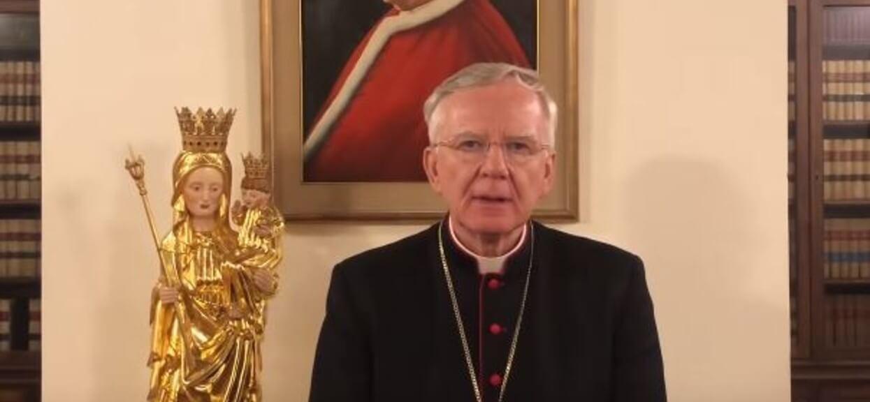 Polski ksiądz oskarżony o tuszowanie pedofilii reprezentuje episkopat na szczycie w Watykanie