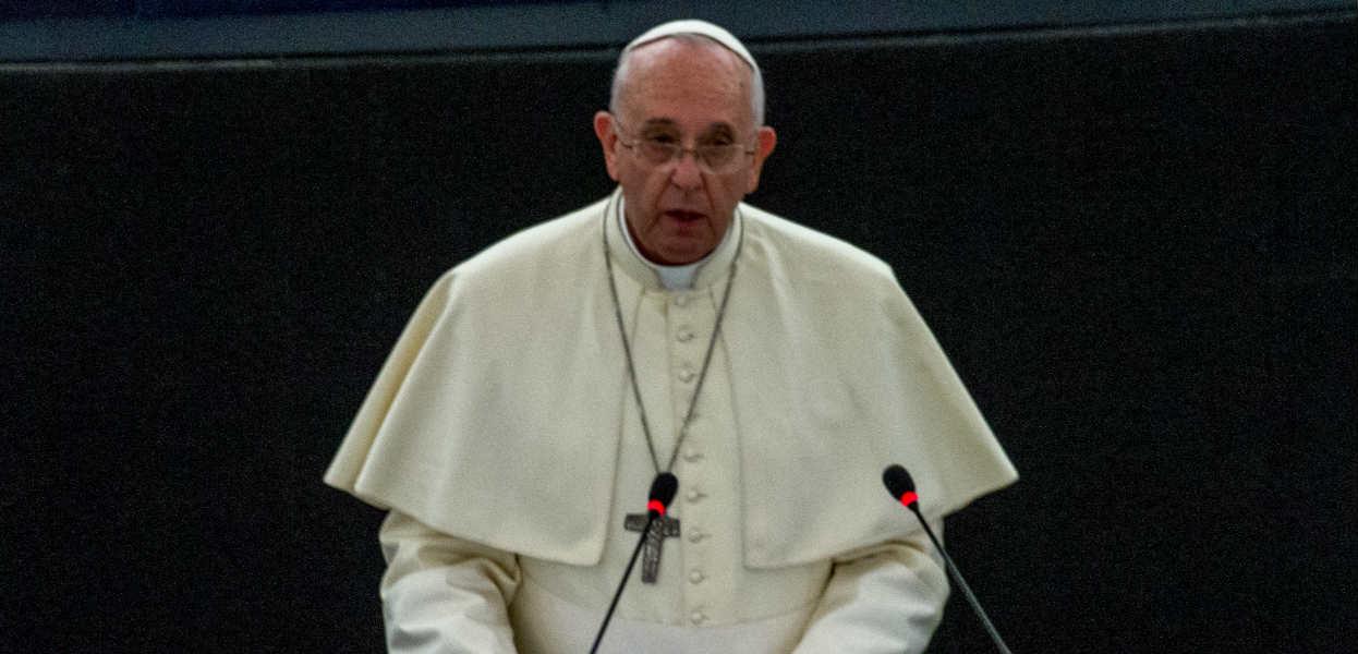 """Absurdalny atak prawicy na Franciszka. """"Polscy lewacy oszukali papieża"""""""