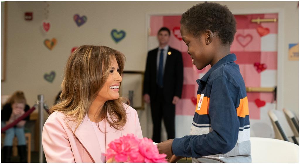 Pierwsza dama nie spędziła Walentynek z prezydentem. Poszła do dzieci