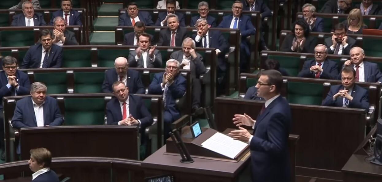 Pół roku temu PiS ogłosił program za 100 mld złotych. Okazał się totalną klapą