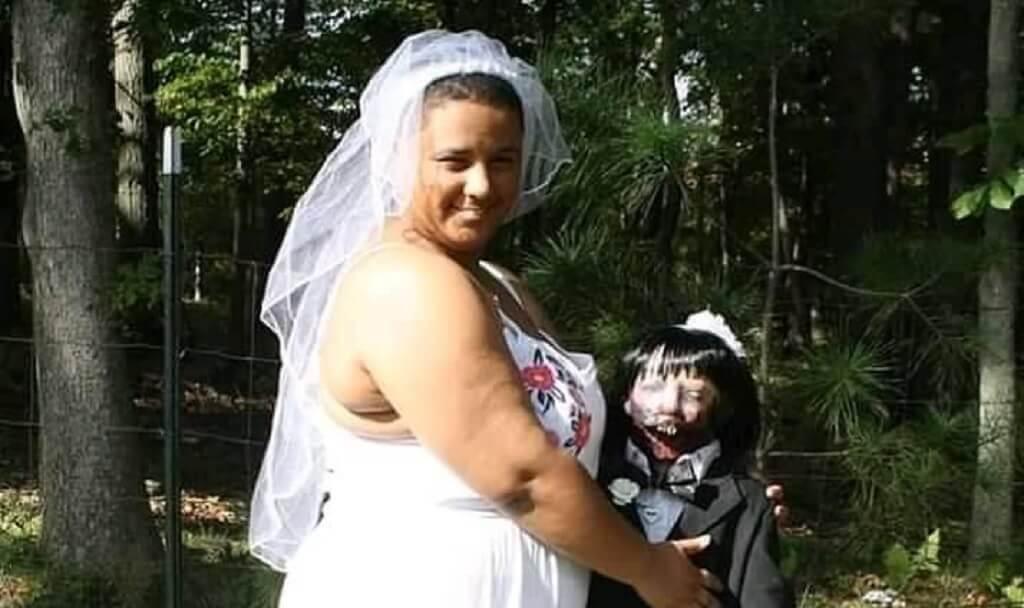 """20-latka wzięła ślub z """"martwym"""" partnerem. Nagranie z ceremonii obiegło sieć"""