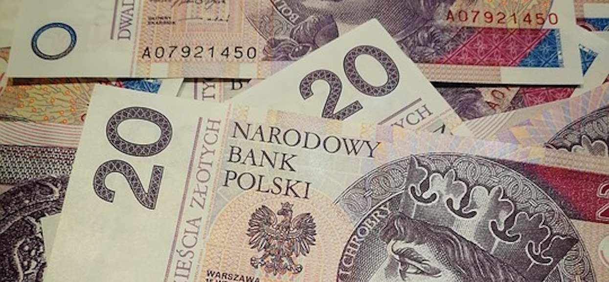 Minister PiS ma nie lada problem. Córka żąda od niego 2,5 tys. zł alimentów