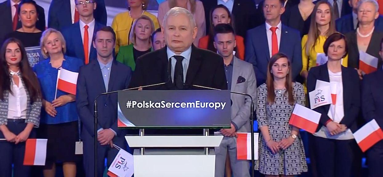 Kompromitujące szczegóły z prywatnego życia Kaczyńskiego. Relacja z matką była toksyczna?