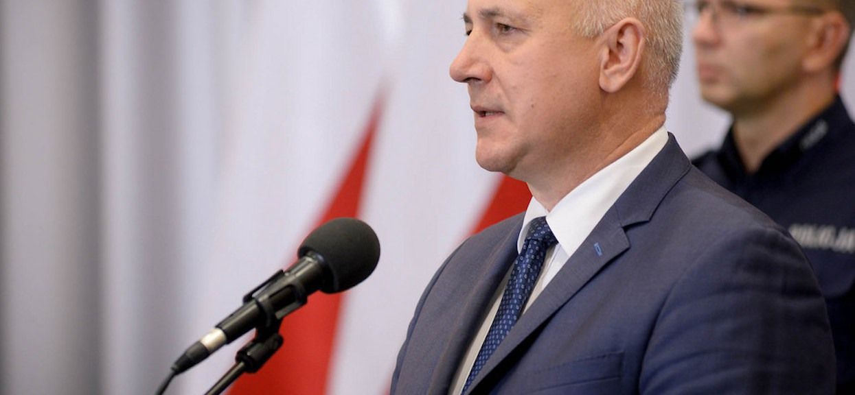 Brudziński chciał dopiec opozycji, a obraził Kaczyńskiego. Kompromitacja
