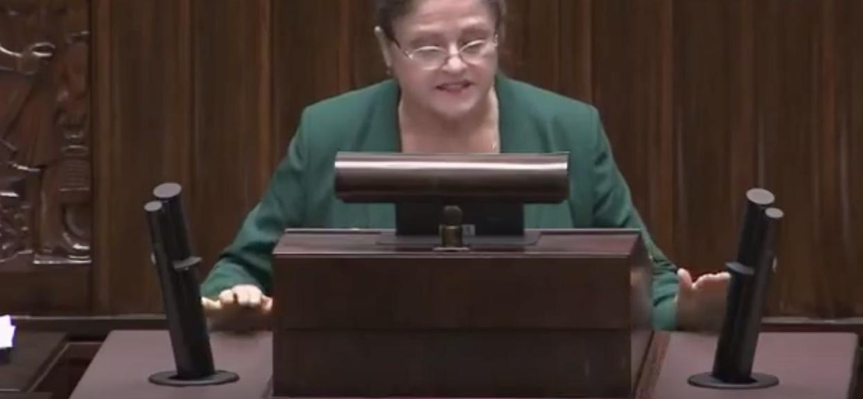Pawłowicz dostała szału w Sejmie i zaczęła ubliżać. Dlaczego nie wyłączyli jej mikrofonu?