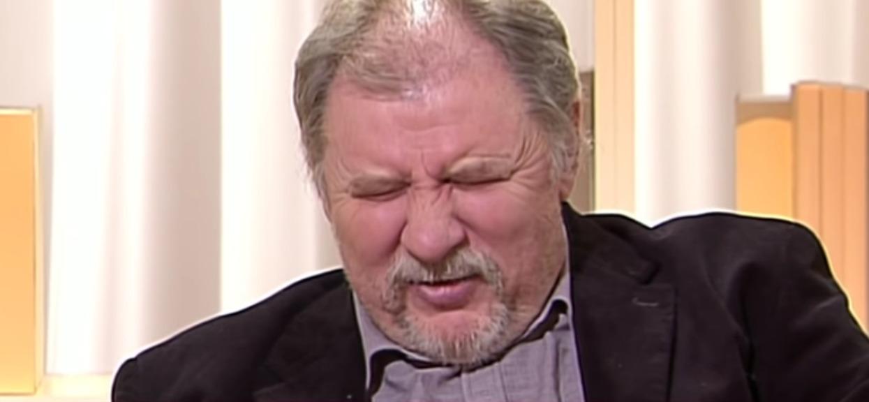 """Ferdek z """"Kiepskich"""" w opałach. Internauci są na niego wściekli!"""