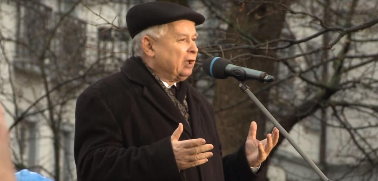 Jak i gdzie mieszka Jarosław Kaczyński? Trudno uwierzyć, że to jego dom