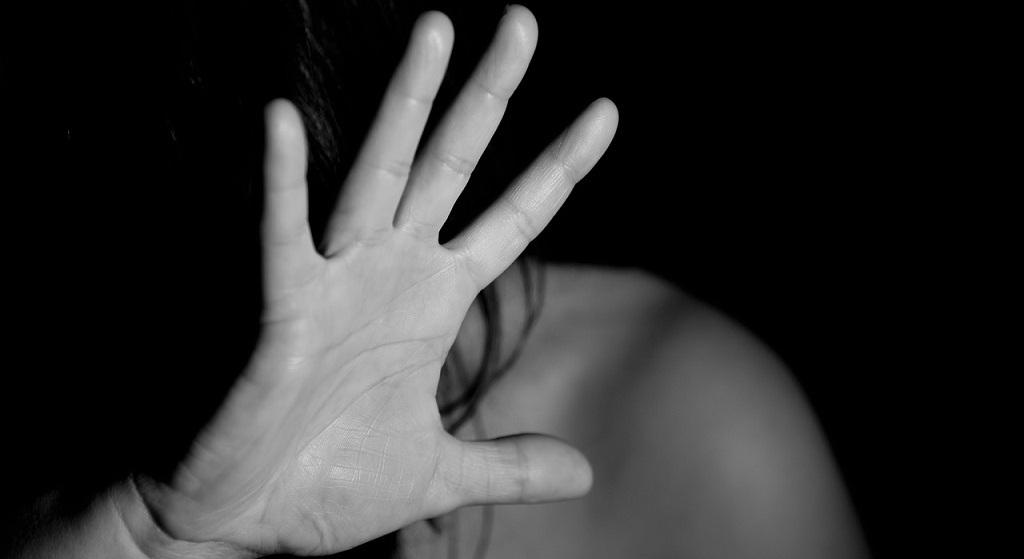 Gwałt na poligonie. Przebieg zdarzenia przyprawia o ciarki, kobieta opowiedziała o wszystkim